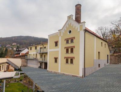Mezonetový byt 3+kk, 89 m2 s předzahrádkou ve Všenorech u Prahy, Rezidence Sladovna