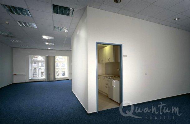 Nabídka pronájmu kanceláře 703m2 na Václavském náměstí, Praha 1